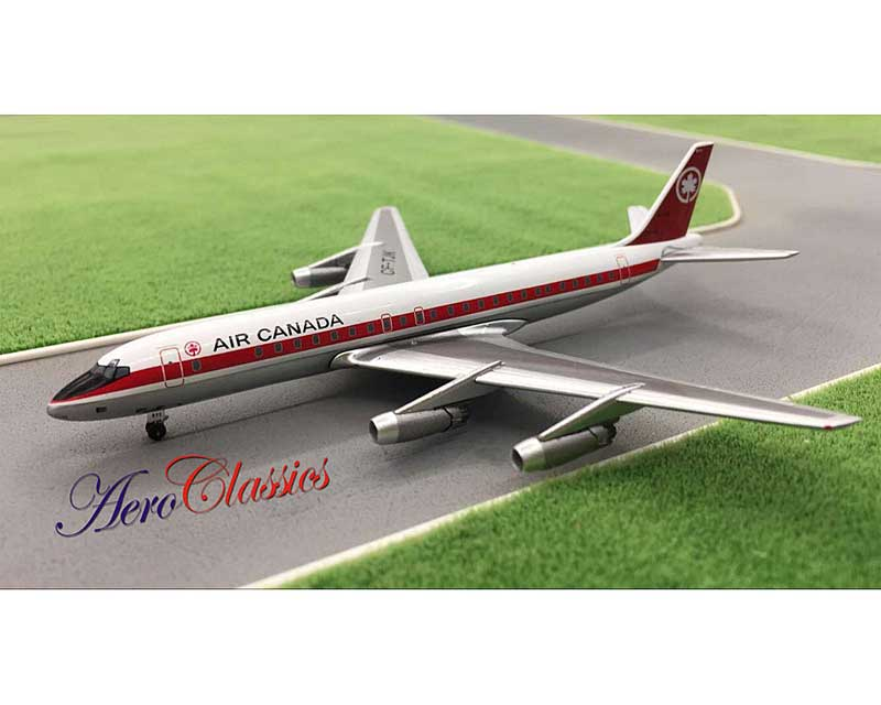 Air Canada DC-8-43 with 10 Piece Ground Support Equipment Set CF-TJK (1:400)