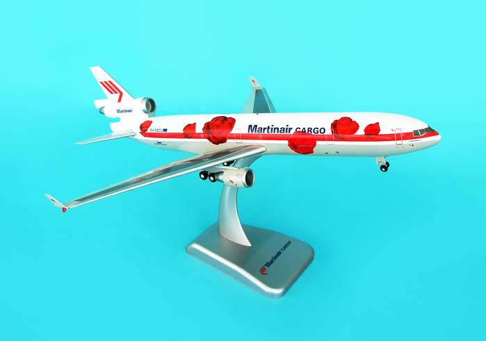 Martinair MD-11F (1:200) W/Gear