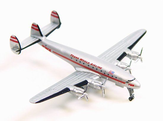 TWA L-049 Constellation with GSE (1:400)
