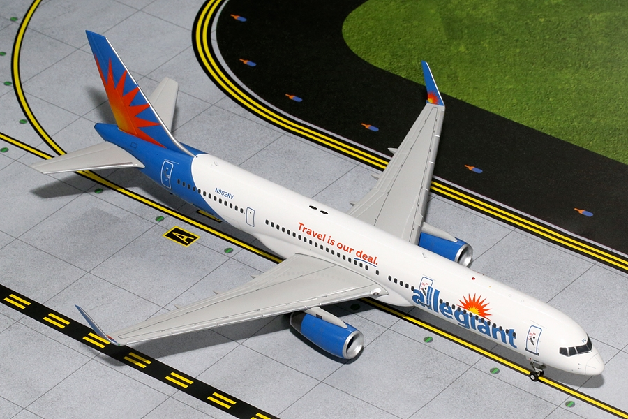 Allegiant B757-200 with Winglets, N902NV (1:200)