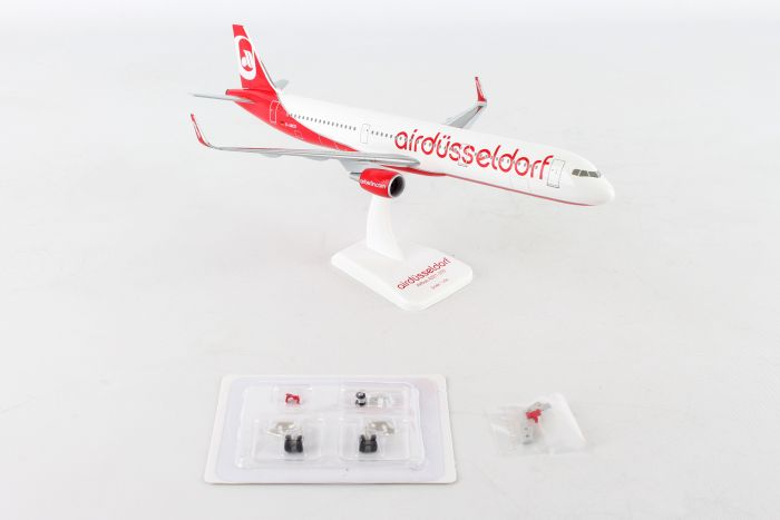 "Air Berlin A321 Sharklets ""Dusseldorf"" with Gear (1:200) by Hogan Wings Collectible Airliner Models item number: HGAB08"