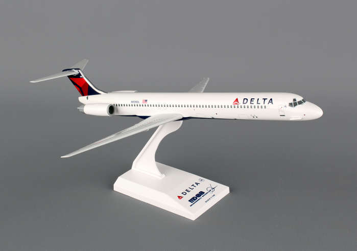 Delta MD-80 (1:150), SkyMarks Airliners Models Item Number SKR648