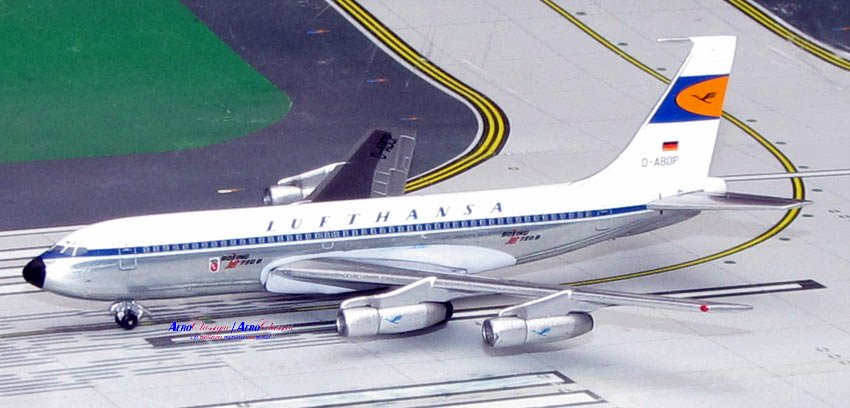Lufthansa B720B Old Colors D-ABOP (1:400), AeroClassics Models Item Number ACDLH0616