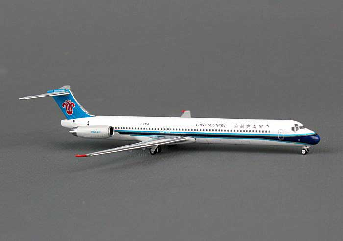 China Southern MD-82 B-2134 (1:400), Phoenix 1:400 Scale Diecast Aircraft, Item Number PH4CSN1127