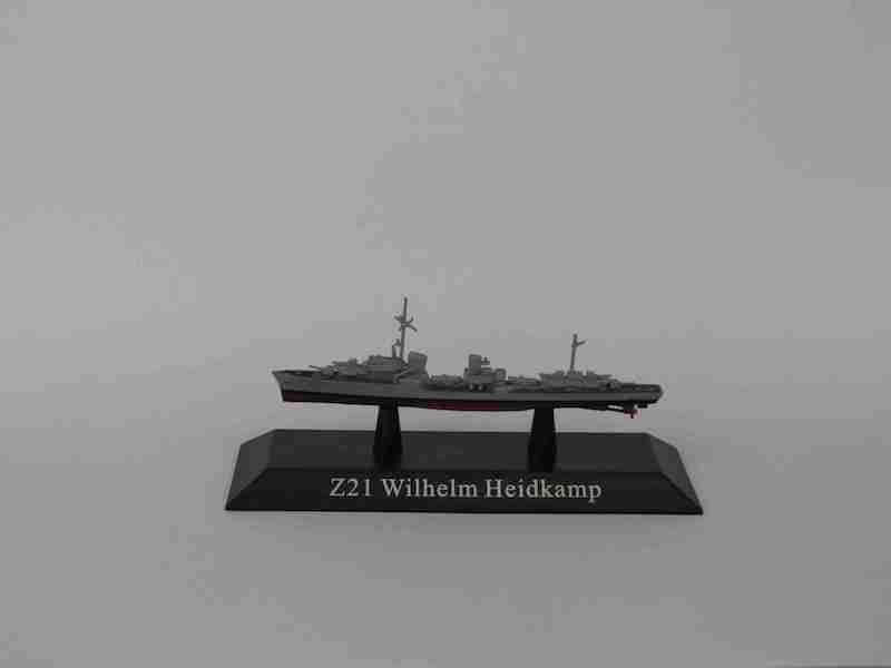 German Kriegsmarine destroyer Z21 Wilhelm Heidkamp ? 1939 (1:1250) by DeAgostini Diecast Ships <p> Item Number: DAKS45