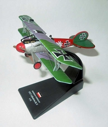 Albatross D.V Fighter, Uffz. Paul Baumer, Jagdstaffel 5, June 1917 (1:72 Scale), Amercom Diecast Item Number ACSL13