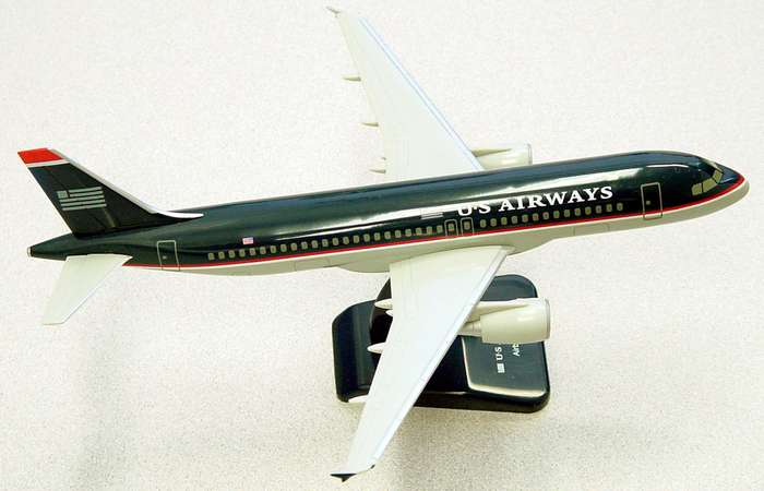 US Airways A320 (1:200) With Gear, Old Livery, Hogan Wings Collectible Airliner Models Item Number HG1448G