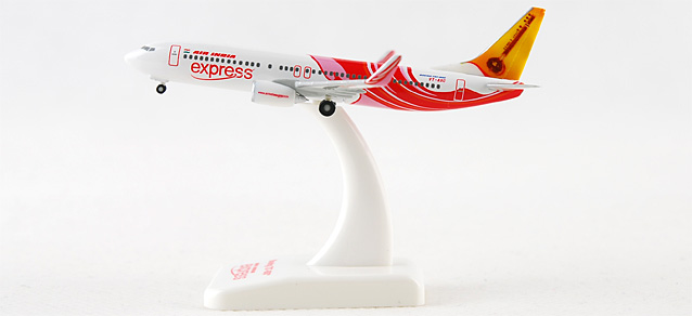 Air India Express 737-800 (1:500), Hogan Wings Collectible Airliner Models Item Number HG8034