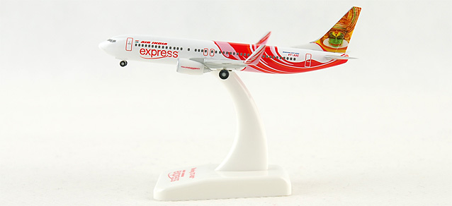 Air India Express 737-800 -VT-AXE (1:500), Hogan Wings Collectible Airliner Models Item Number HG8058