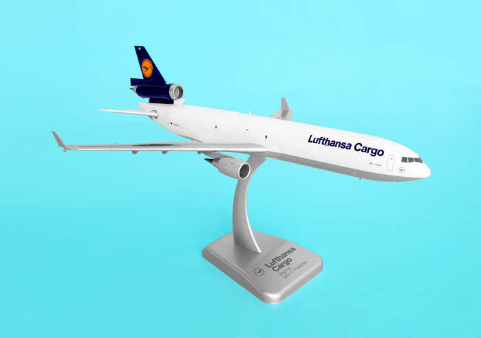 Lufthansa Cargo MD-11F (1:200) No Gear, Hogan Wings Collectible Airliner Models Item Number HGLH06