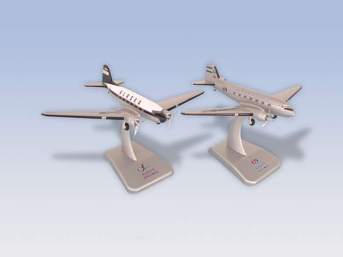 Alaska Airlines DC-3 (1:200) 2 Plane Set