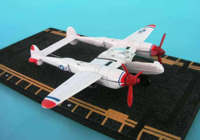 "P-38 Red Tip (Approx. 5""), Hot Wings Toy Airplanes Item Number HW17111"
