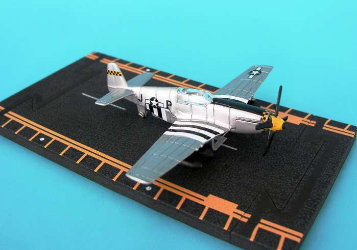 "P-51B Mustang - D-Day stripes (Approx. 5""), Hot Wings Toy Airplanes Item Number HW17112"