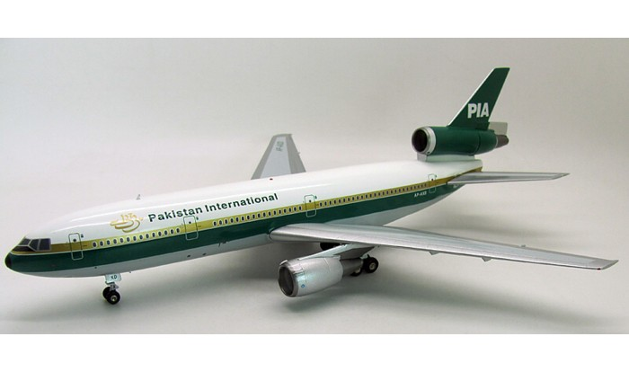PIA Pakistan International DC-10-30 AP-AXE (1:200), Retro Models Item Number IFRM002