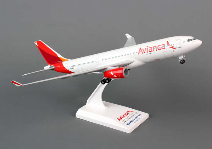 "Avianca A330-200 ""New Livery"" (1:200) with Gear"