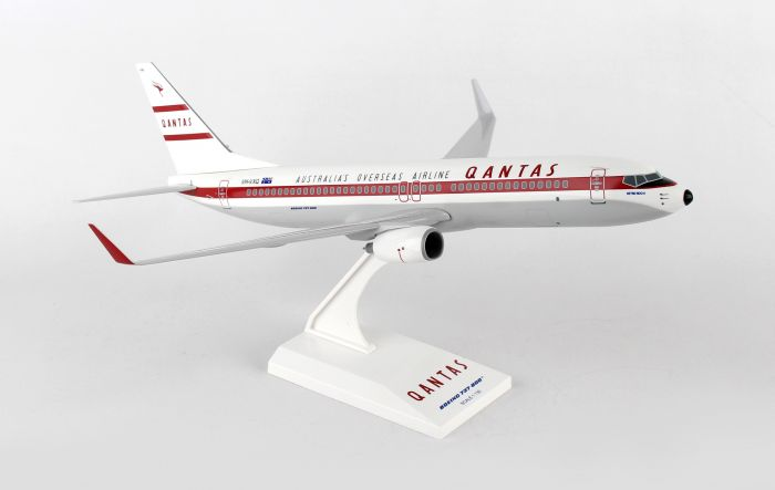 Qantas 737-800, Retro Livery (1:130) by SkyMarks Airliners Models item number: SKR868