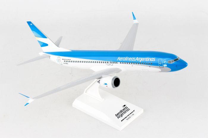 Aerolineas 737 MAX8 (1:130) by SkyMarks Airliners Models item number: SKR953