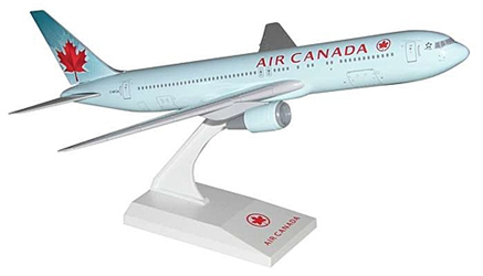 Air Canada B767-300 (New Colors) (1:200)