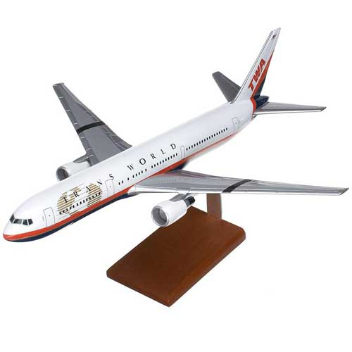 B767-300 TWA  (1:100), TMC Pacific Desktop Airplane Models Item Number KB767TWATR