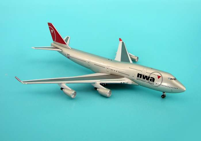 Northwest 747-400 (1:500), InFlight 500 Scale Diecast Airline models Item Number IF5744008