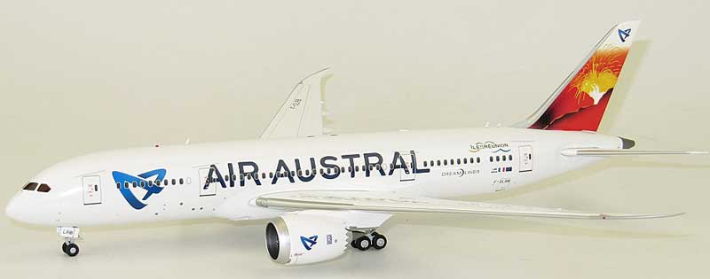 Air Austral B787-8 F-OLRB (1:200) - Special Clearance Pricing