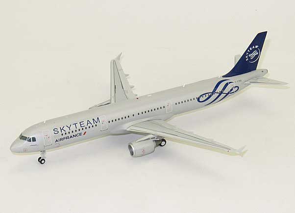 Air France A321 F-GTAE (1:200) - Special Clearance Pricing