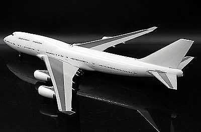 Blank B747-400 RR Engines (1:200) - Special Clearance Pricing