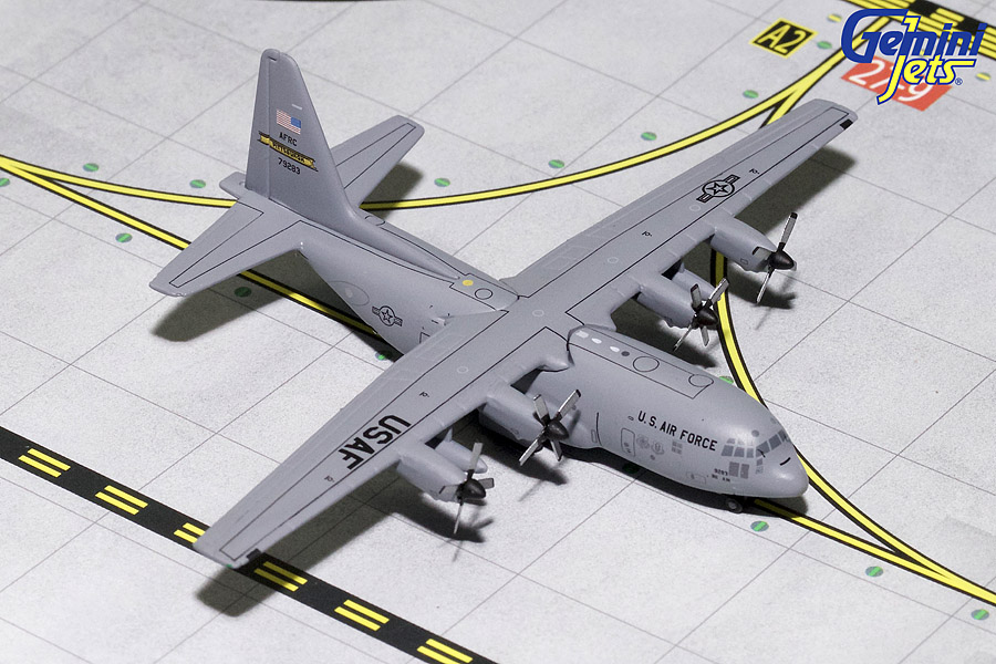 USAF C-130 Pittsburgh ANG 79283 (1:400) by Gemini MACS 400 Diecast Military  Planes