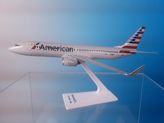 American 737-800 2013 New Colors (1:200), Flight Miniatures Snap-Fit Airliners, Item Number BO-73780H-036