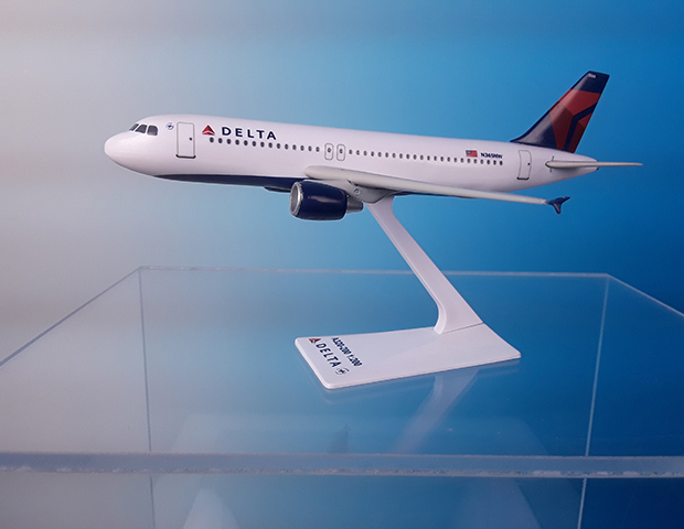 Delta A320-200 07-Current Livery (1:200), Flight Miniatures Snap-Fit Airliners Item Number AB-32020H-063