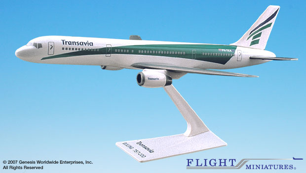 Transavia Airlines 757-200 (1:200), Flight Miniatures Snap-Fit Airliners, Item Number BO-75720H-028