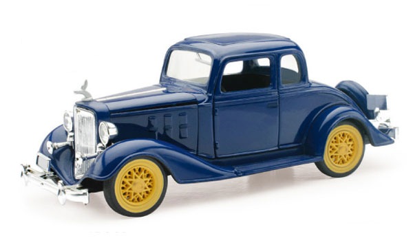 1933 Chevrolet Two Passenger 5 Window Coupe (1:32)