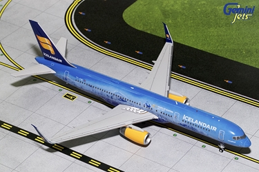 "Icelandair B757-200 with Sharklets ""80th Anniversary"" TF-FIR (1:200), GeminiJets 200 Diecast Airliners, Item Number G2ICE676B"