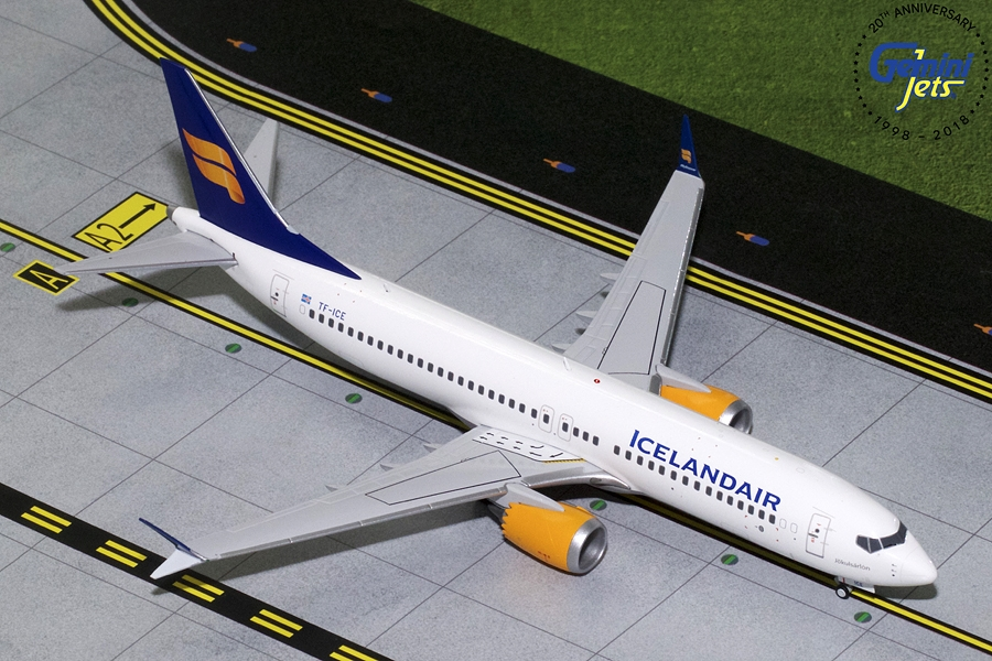 Icelandair B737 MAX-8 New Livery TC-ICE (1:200) - Preorder item, order now for future delivery