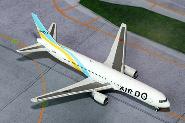 Air Do 767-300 JA601A (1:400)