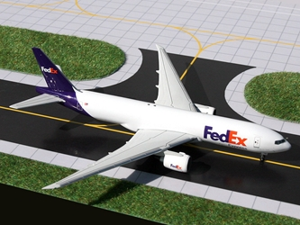 "FedEx B777F with Stand ""N884FD"" (1:400), GeminiJets 400 Diecast Airliners Item Number GJFDX1437"