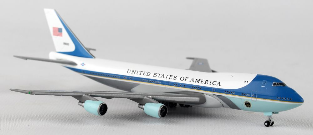 "Air Force One VC25 (B 747) ""28000"" (1:500) , Herpa 1:500 Scale Diecast Airliners Item Number HE502511-002"
