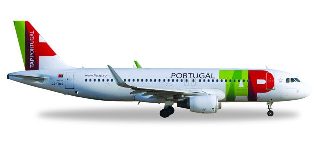"TAP Portugal Airbus A320 CS-TNS ""D. Afonso Henriques"" (1:200), Herpa 1:200 Scale Diecast Airliners Item Number HE558747"