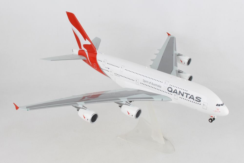 "Qantas Airbus A380 new 2018 colors, VH-OQF ""Charles Kingsford Smith"" (1""200) Preorder item, order now for future delivery, Herpa 1:200 Scale Diecast Airliners Item Number HE559423"